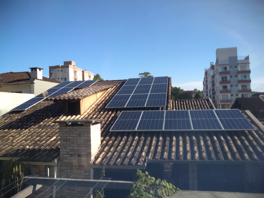 Case de Energia Solar Fotovoltaica Residencial em Joinville / SC